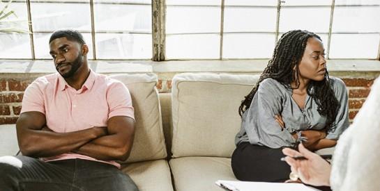 Qu'y a-t-il derrière ``le jour du divorce`` ?