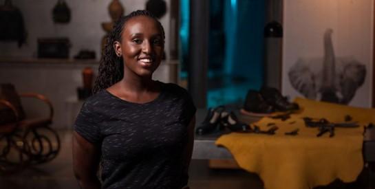 Rwanda : Kevine Kagirimpudu, une entrepreneuse qui recycle les pneus usés en chaussures