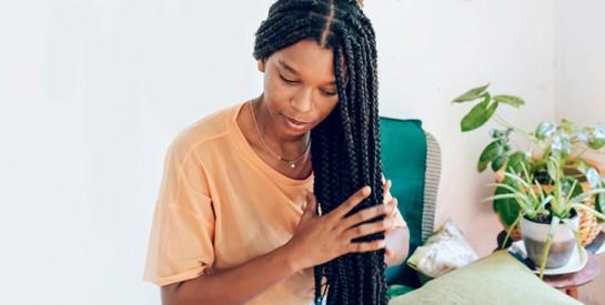 Cheveux crépus ou afro : bien entretenir vos braids, fausses locks, vanilles...