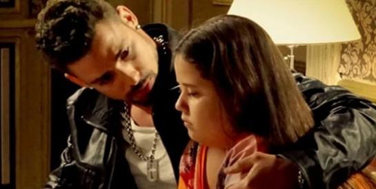 Résumé Avenida Brasil, Episode 31 - 32 : Nina se cache et entend la conversation entre Max, Carmina et Nilo.