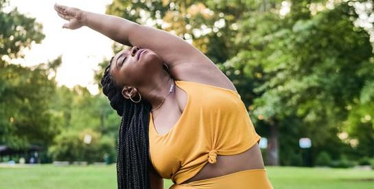Règles douloureuses : les postures de yoga qui soulagent