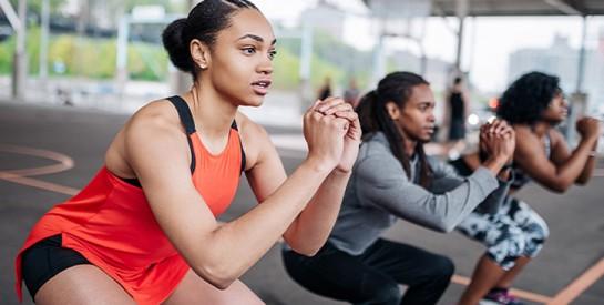 Cinq exercices pour des fesses plus musclées