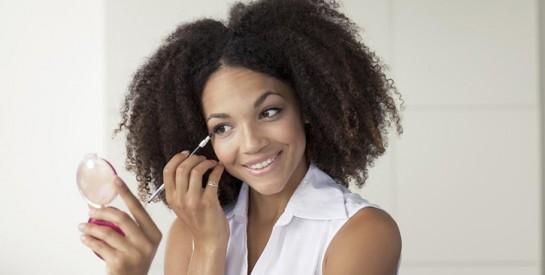Des produits chimiques identifiés dans de nombreux cosmétiques