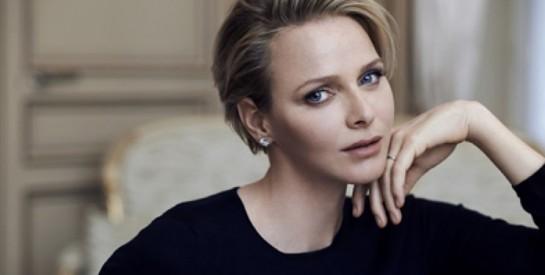 Charlene de Monaco va subir une ``intervention assez lourde``, le prince Albert et ses enfants devraient lui rendre visite