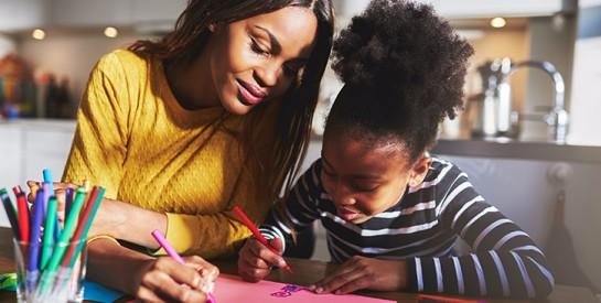 10 conseils pour élever un enfant unique