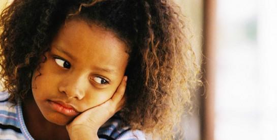 Comment se construire lorsqu'on a grandi avec un parent dénigrant ?