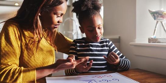 Comment aider un enfant avec des difficultés scolaires