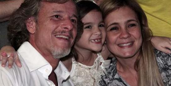 Résumé Avenida Brasil, Episode 57 - 58 : La famille de Tifon fête le retour de Carmina