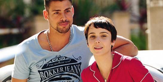 Résumé Avenida Brasil, Episode 71 - 72 : Carmina interroge Debora sur l'identité de la fiancée de Jorgito.