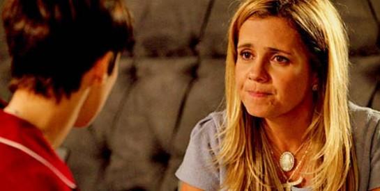 Résumé Avenida Brasil, Episode 87 - 88 : Carmina offre un cadeau à Nina en gage de son amitié