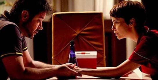 Résumé Avenida Brasil, Episode 89 - 90 : Nina et Tifon ont un échange franc et sincère dans la cuisine