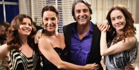 Résumé Avenida Brasil, Episode 149 -150 : Noémia et Véronica sont en colère en apprenant que Carlitos va épouser Alexia.