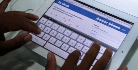 Des conseils pour guider les ados sur les réseaux sociaux