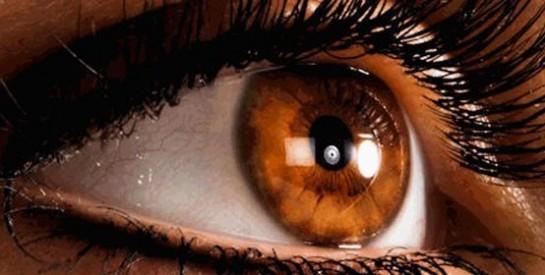 Les lentilles de contact pour vous donner un beau regard!