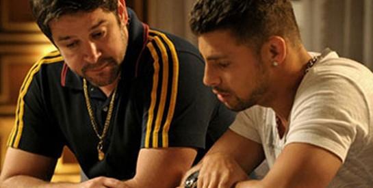 Résumé Avenida Brasil épisode 287-288 : Jorginho annonce à Tifon qu'Agata et lui sont les enfants de Max et Carminia